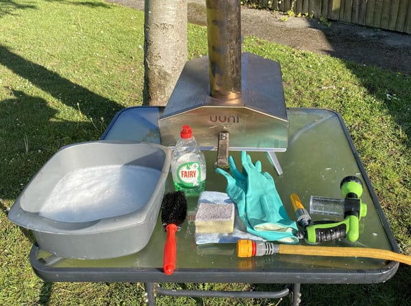 materials for cleaning your ooni pizza oven